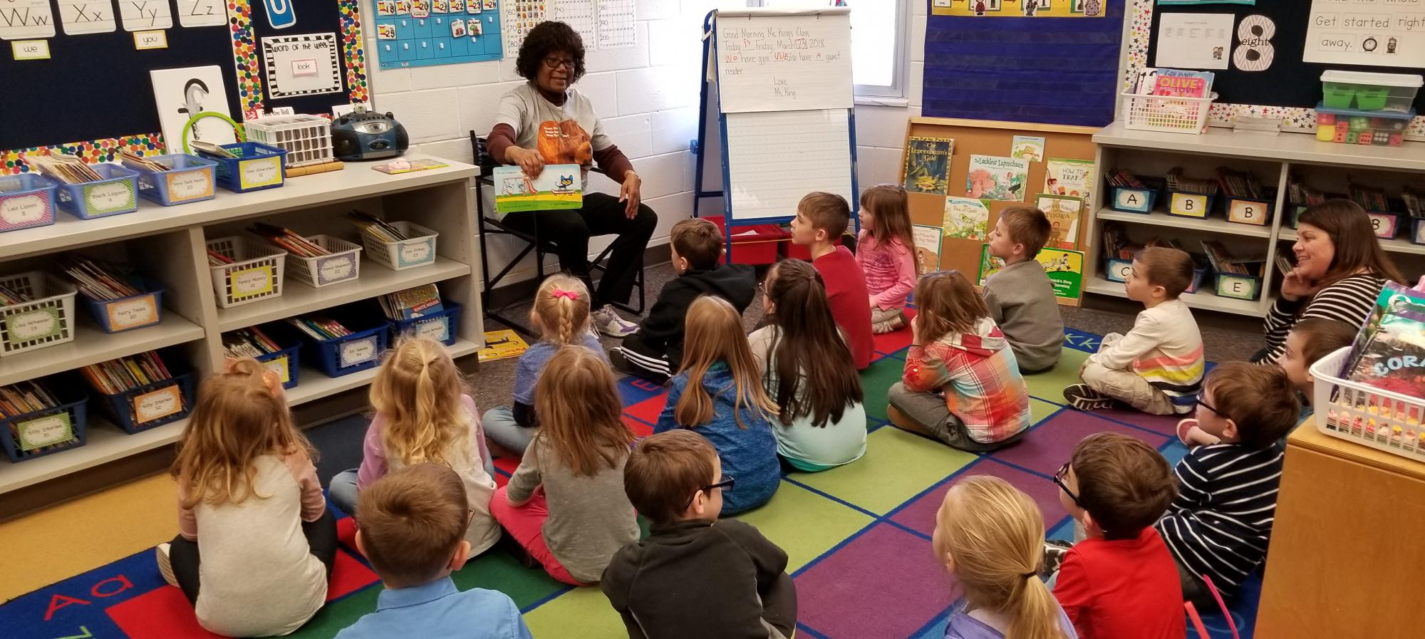 Mrs. Blair reading to a Kindergarten class