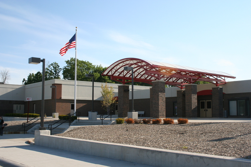 Holly Middle School Image
